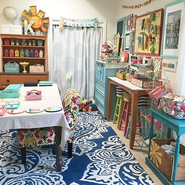 Today was crazy busy and filled with so much stuff (of the mom/wife/sign maker variety) to do pretty much every single minute of the day!!!!!! So instead of a messy, un-cute shot of my craft room, how about this clean, put together one? So much better right now.  #katiescraftroom