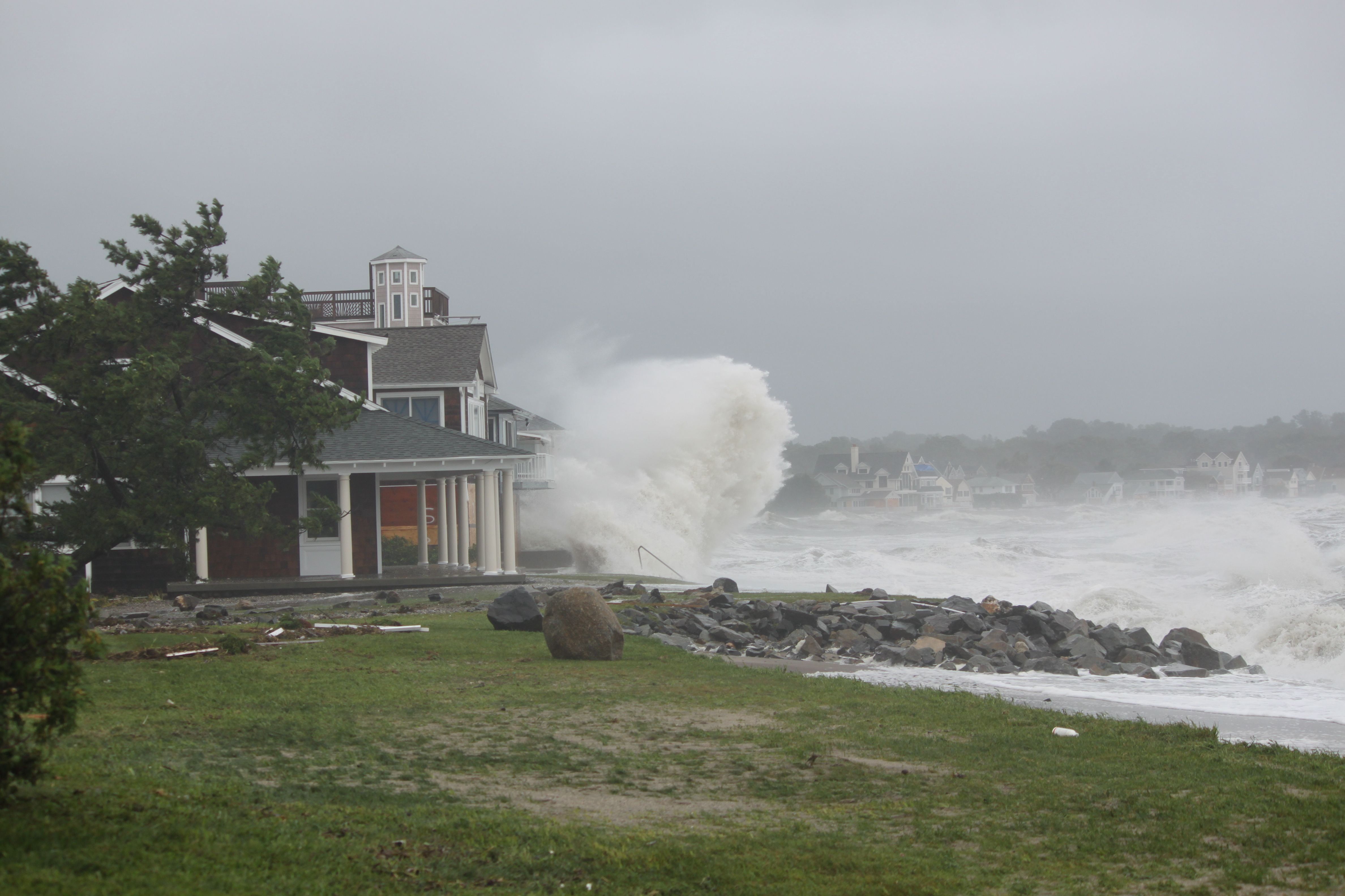 Tropical Storm Irene Slams The Connecticut Coast Photos Connecticut Coast Photo Alabama Travel