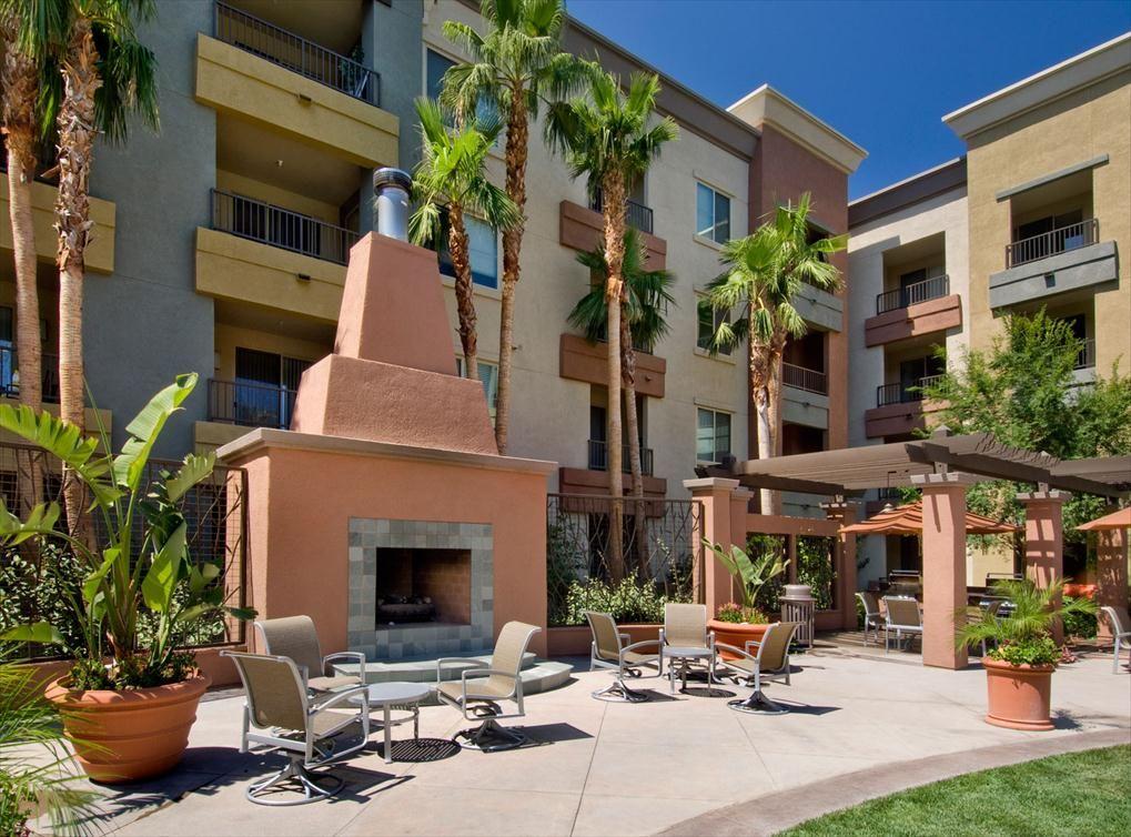 AMLI Warner Center Southern California Apartments