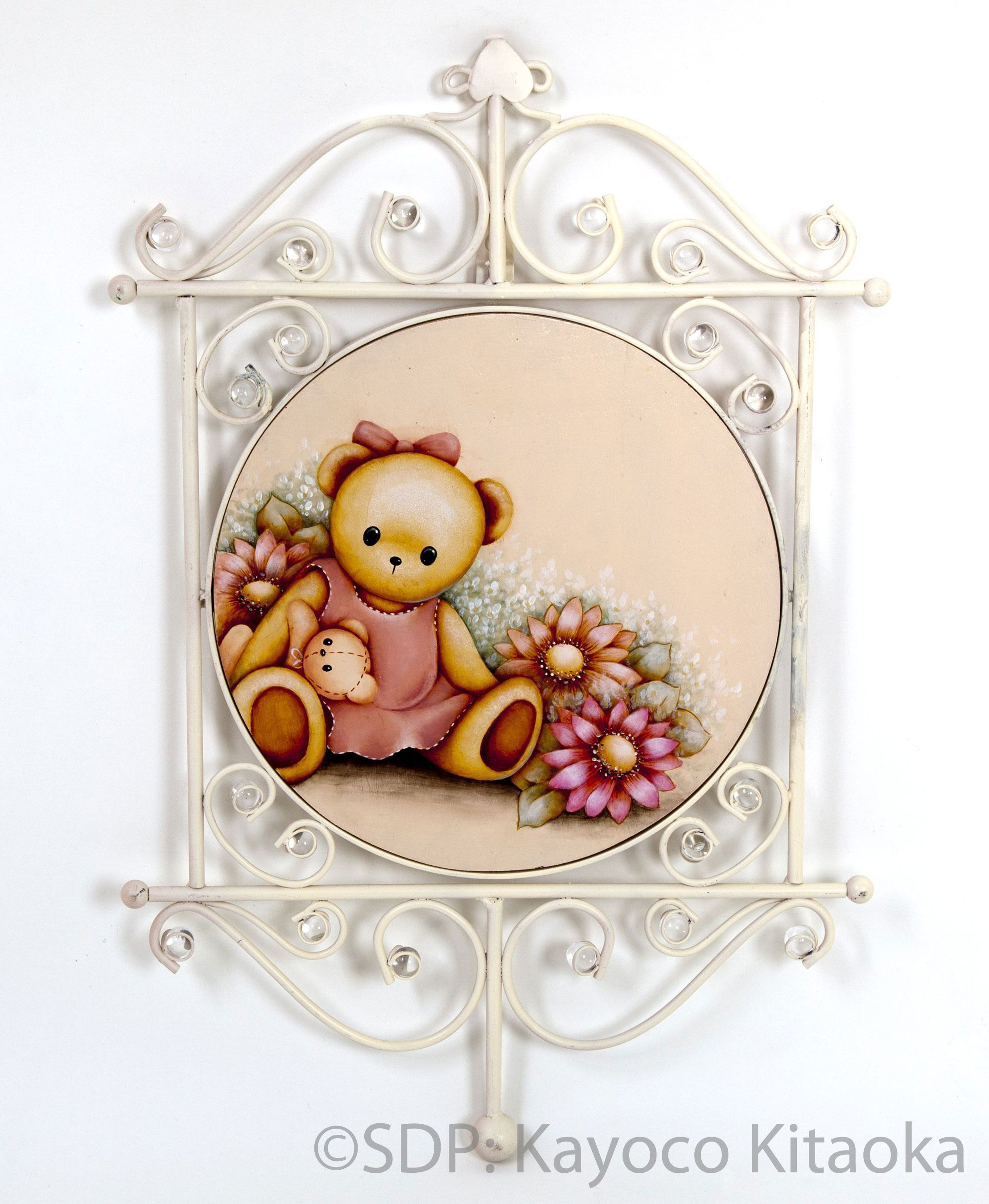 Kayoko Kitaoka – Margalet Bear – P-AN-004  Semi Finalist for the 2013 Pampered Palette Juried Exhibition  decorativepainters.org  Learn to paint with us! With our step by step pattern based designs, anyone can become a Master Decorative Artist.