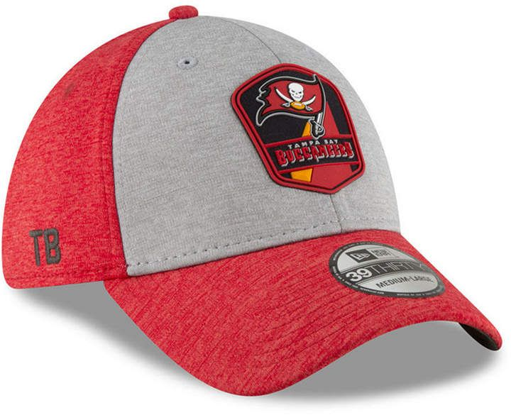 500d4addf New Era Tampa Bay Buccaneers On Field Sideline Road 39THIRTY Stretch Fitted  Cap
