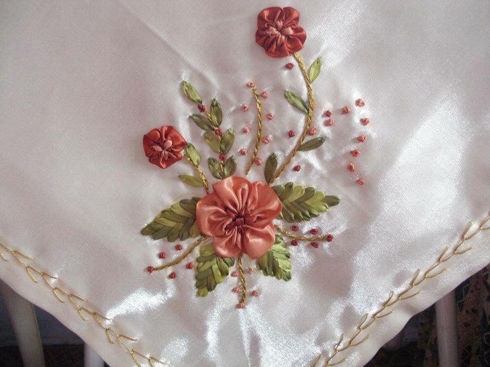 Resultado de imagen para manteles bordados en cinta - Manteles de mesa bordados ...