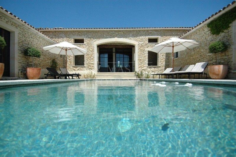 Belle maison en pierre gordes disponible toute l 39 ann e - Plus belles maisons de france ...