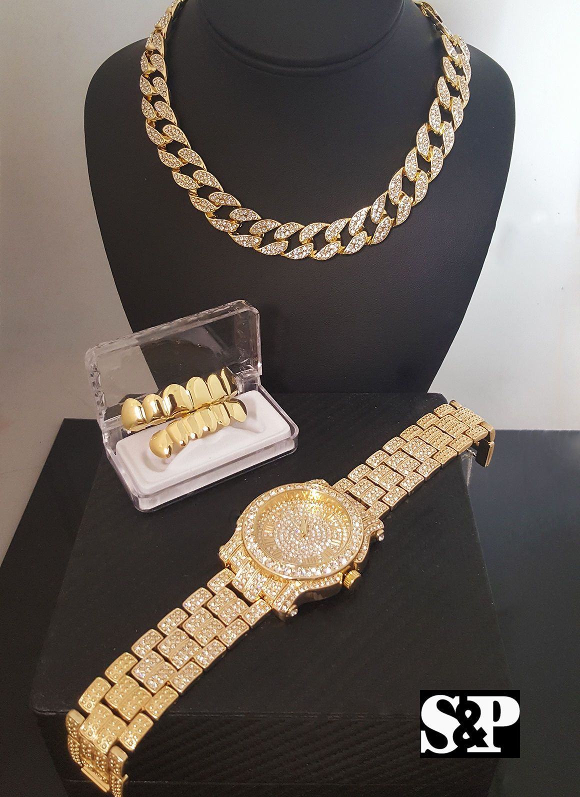 4ba2c07aad29b Iced out quavo watch, cuban choker chain & grillz bling box in 2019 ...