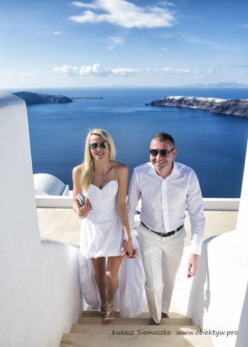 Slub I Wesele Za Granica Na Pieknej Wyspie Santorini W Grecji Santorini Wedding White Dress Wedding Inspiration