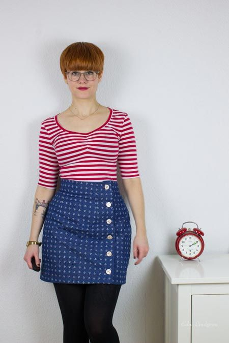 Laura's Agnes top (and Arielle skirt!) - both sewing patterns by Tilly and the Buttons