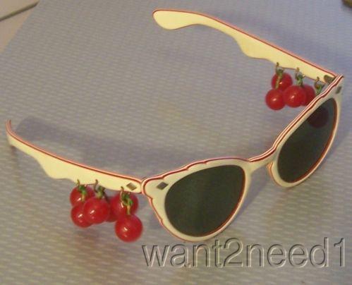auth 50s vtg cat eye SUNGLASSES RED BAKELITE DANGLING CHERRIES laminated frame