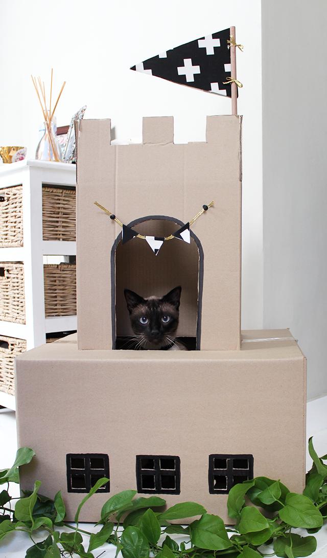 cat on a hot cardboard roof diy inspiration for cardboard cat rh pinterest com