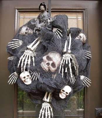 coronas de halloween - Buscar con Google Manualidades Pinterest - scary halloween outdoor decoration ideas