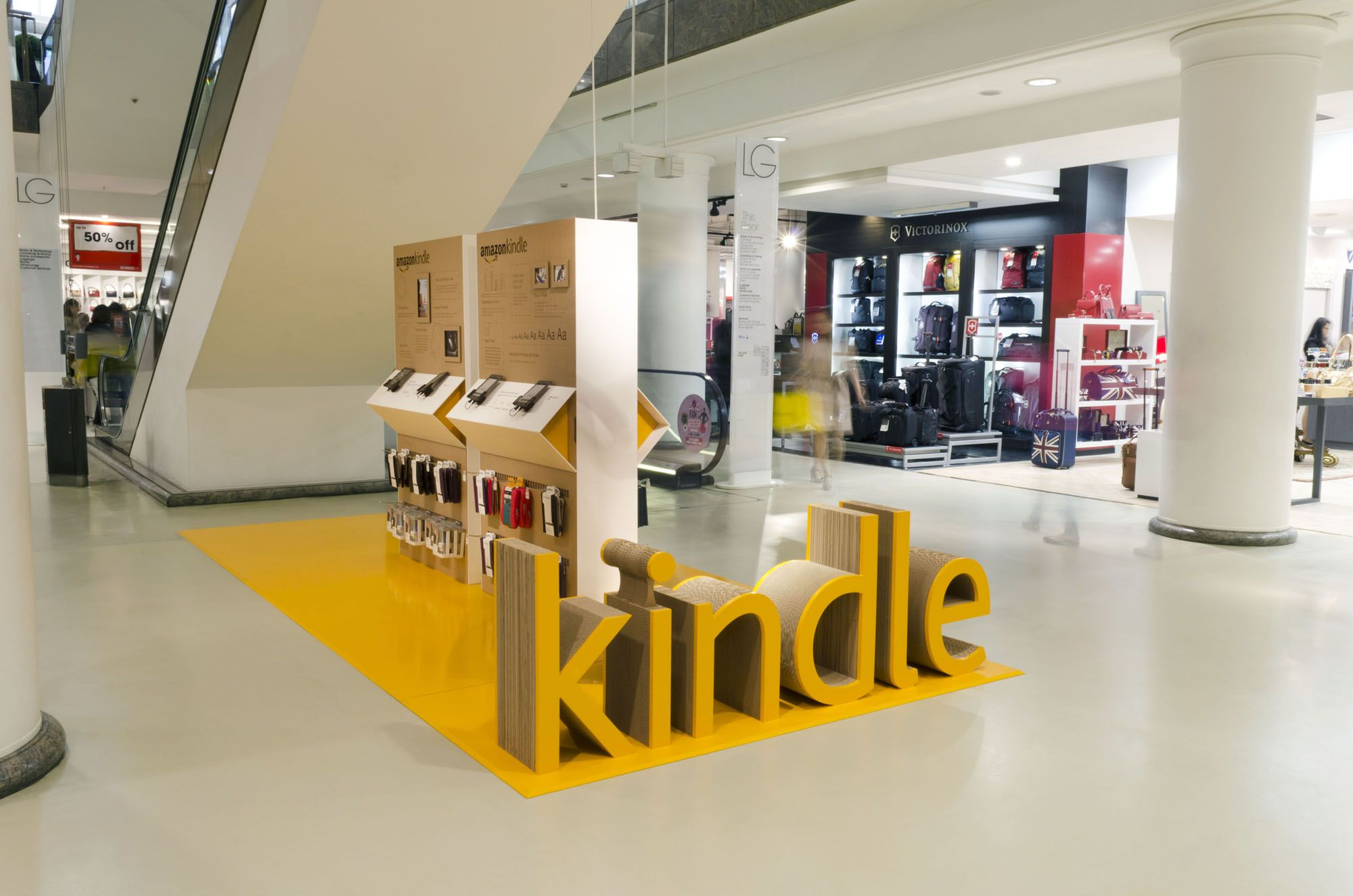 Amazon Kindle Pop Up Concession Retail Design By Pope Wainwright