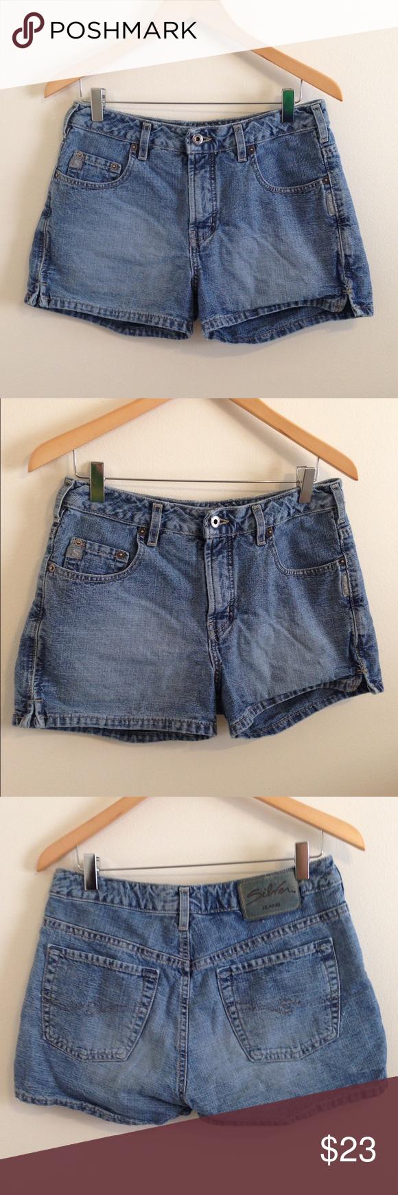 Silver Jeans denim shorts Silver Jeans denim shorts size 31. Silver Jeans Shorts Jean Shorts