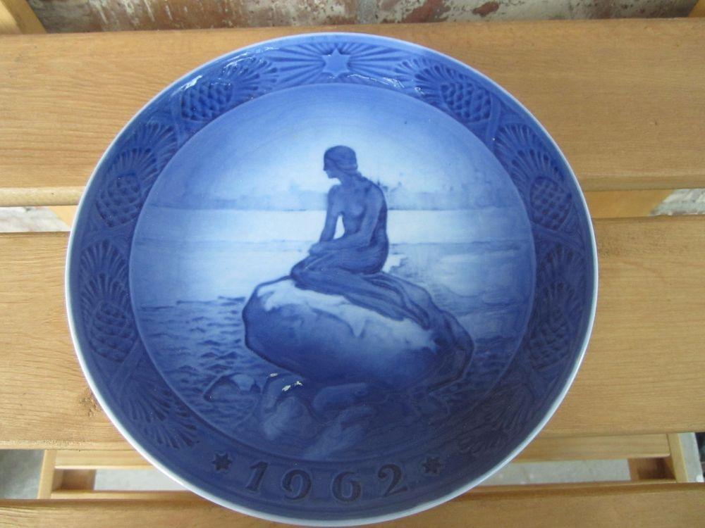 SCARCE 1962 Royal Copenhagen Christmas Plate The Little Mermaid