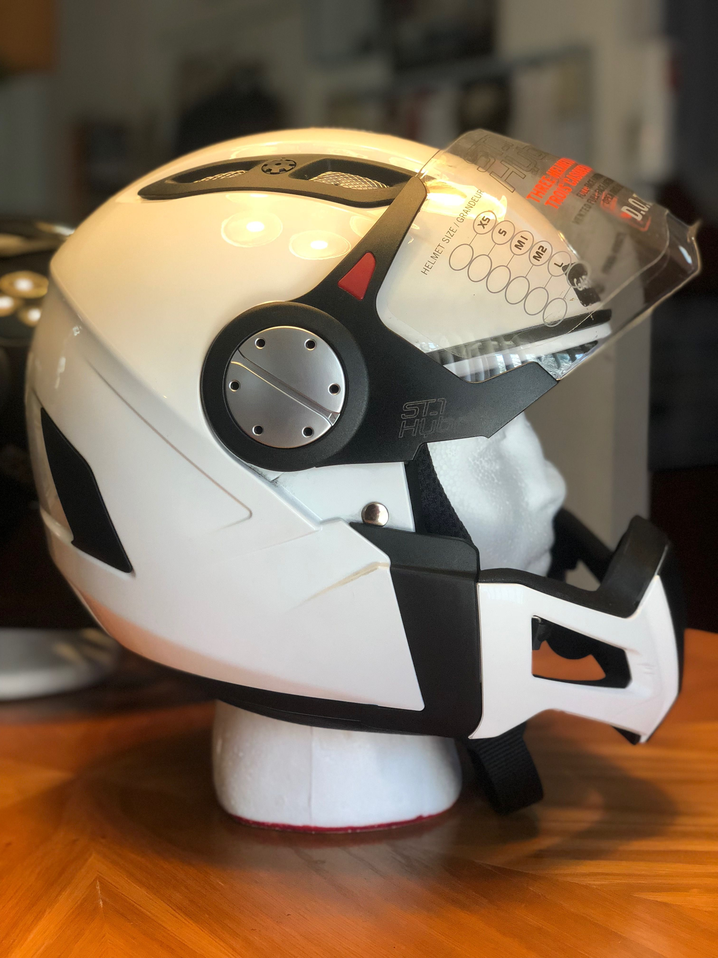 Can Am Spyder St 1 Hybrid Convertible Helmet White W Vented Jaw Can Am Spyder Can Am Accessories Helmet