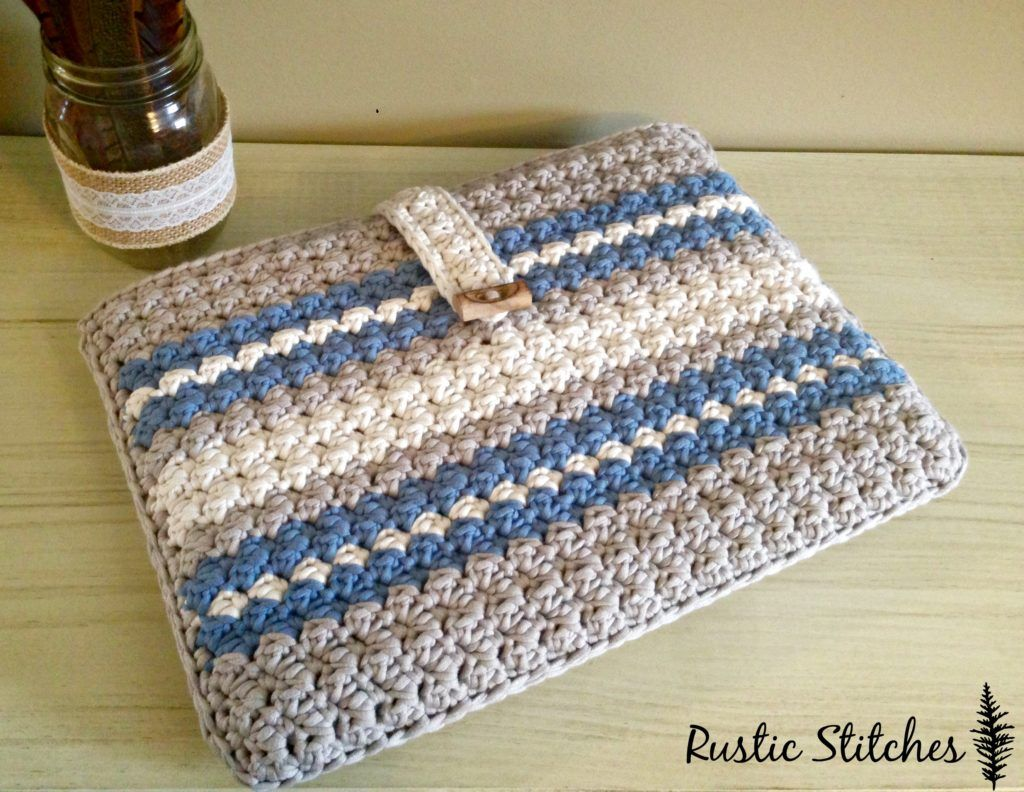 Free Pattern For A Crochet Laptop Case From Rustic Stitches