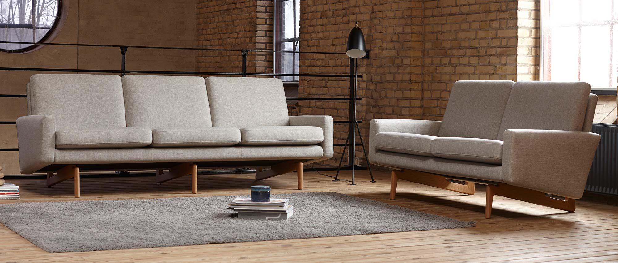 Kopenhagen Designer Sofas Mit Polsterarmlehnen Und Holzfussen Kopenhagen Und Kopenhagen Oak Als 2 Sitzer Oder 3 Sitzer Al Sofa Design Sessel Mit Hocker Sessel