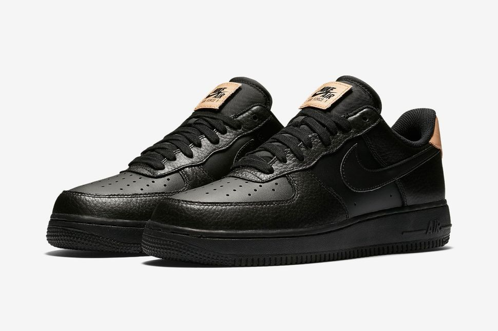 size 40 0c43f 3baeb ... The Iconic Nike Air Force 1 Welcomes Premium Leather Detailing ...