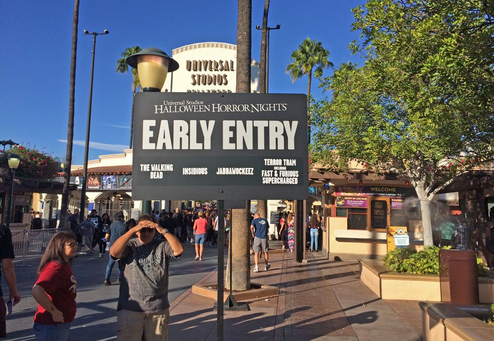 Halloween Horror Nights Hollywood 2017 Survival Guide | Horror ...