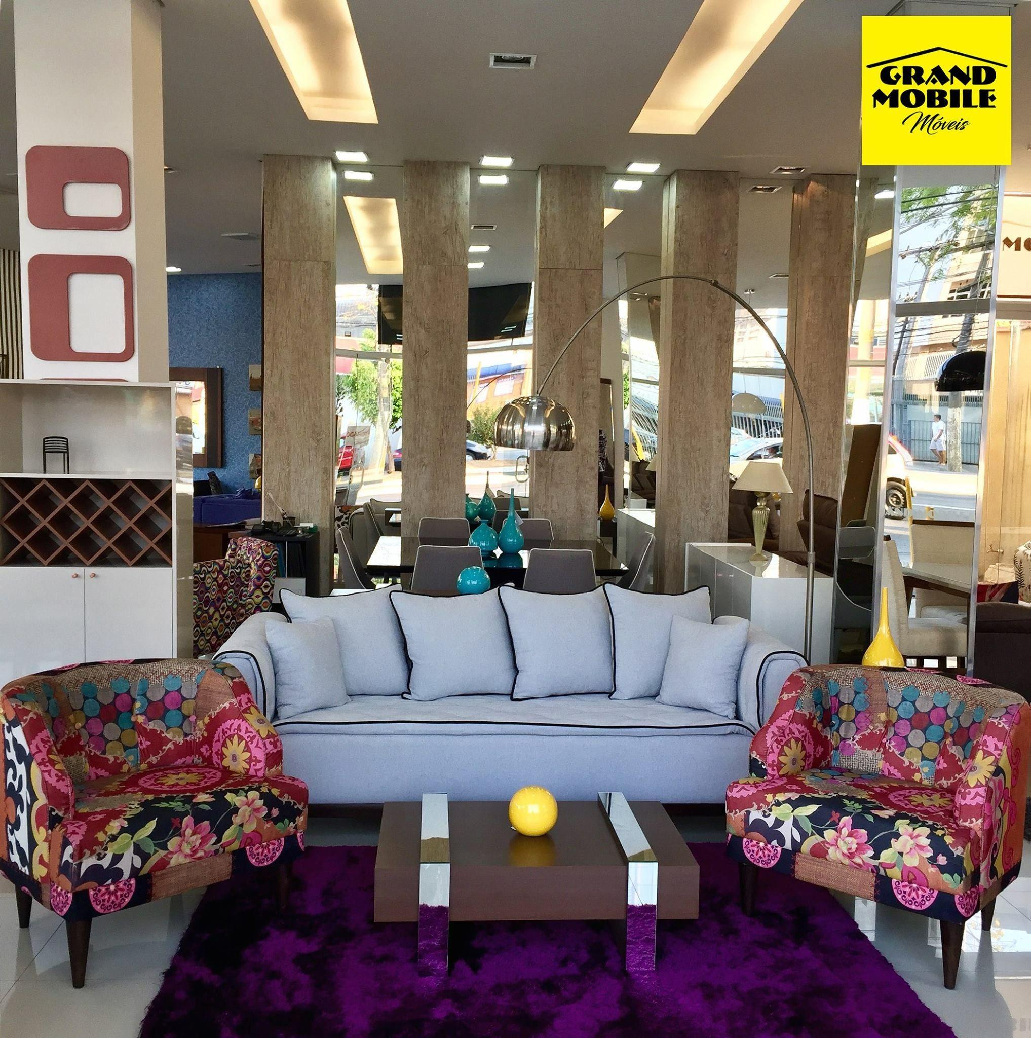 Decore Sua Sala De Estar Com O Lindo Sof Londres Fixo Em Linho  -> Sala Com Sofa Cinza E Poltronas