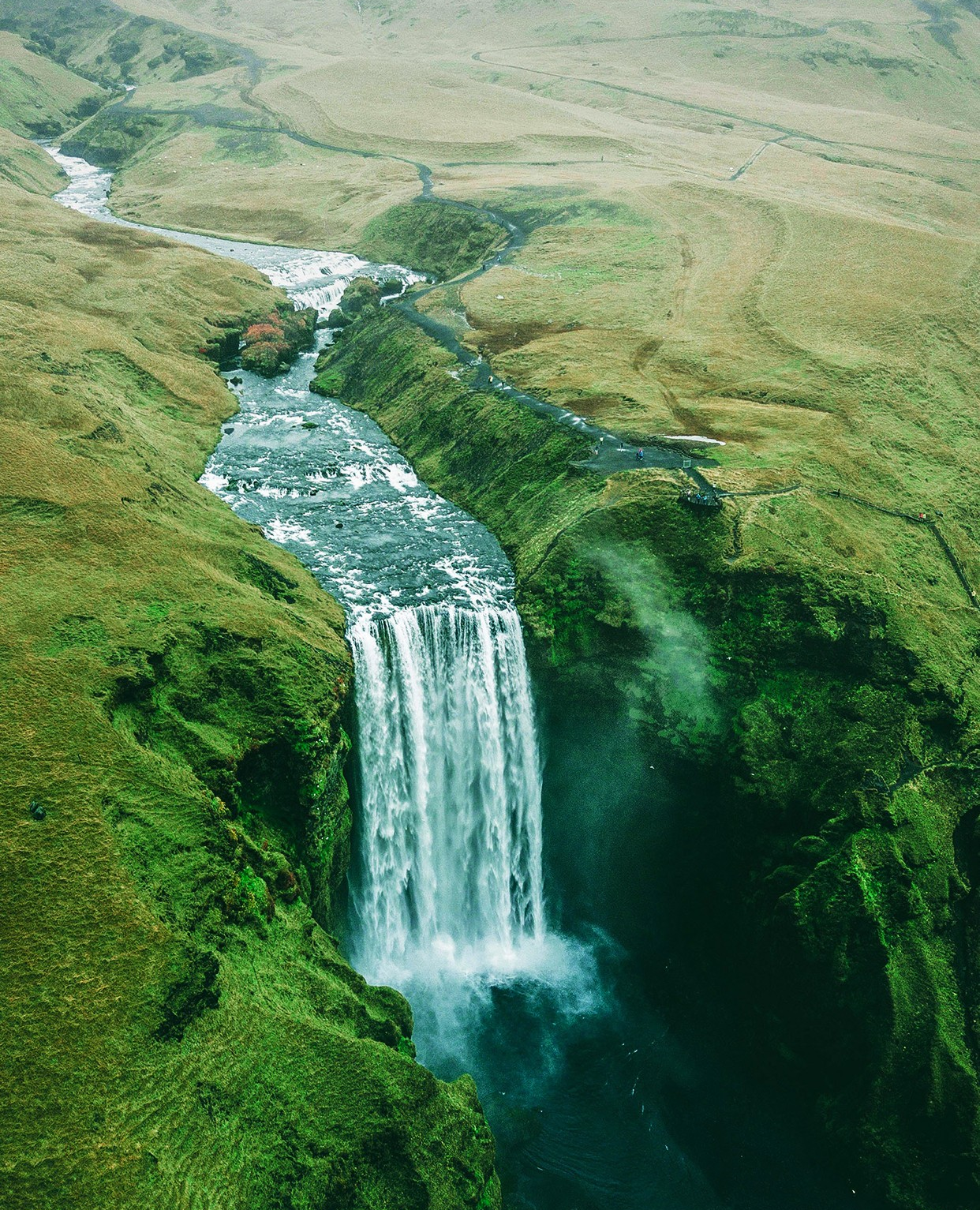 Chasing Waterfalls Download the Vellum App on iOS to get