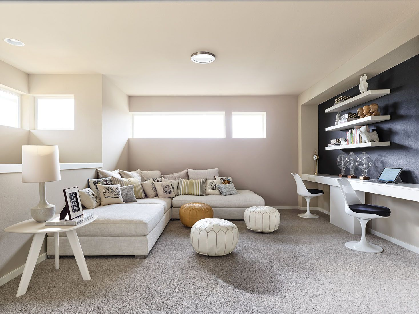 Perfectly Placed Leisure Room Set Up For A Perfect Study Place Inside Home New Home Designs Home