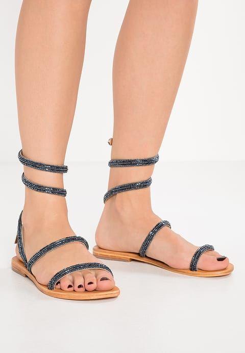 Sandalo con perline peltro Olga di Les Tropeziennes... scopri la collezione di questo brand su www.calzaveste.it!