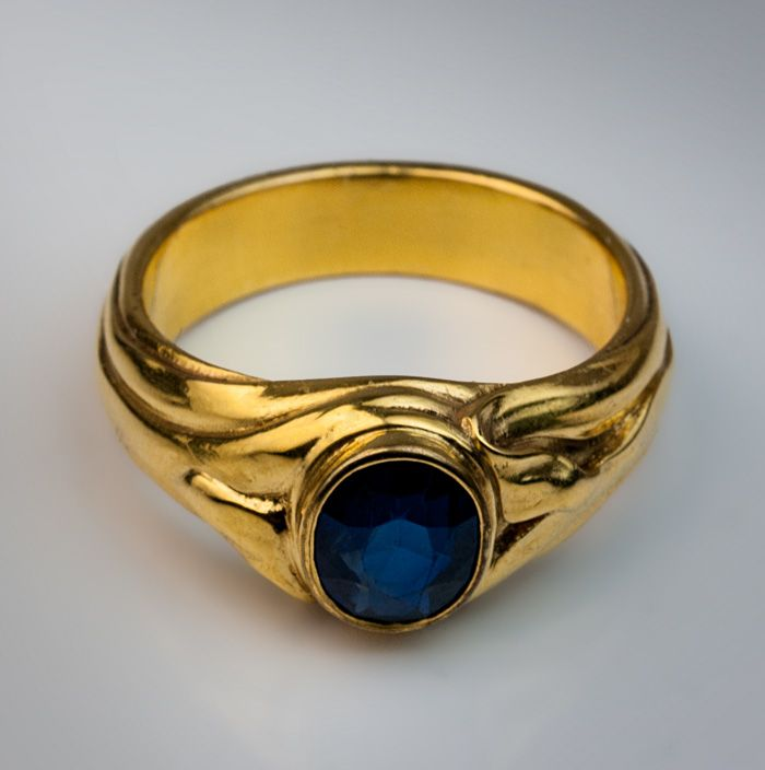 An Art Nouveau Sapphire and Gold Men s Ring made in Moscow between