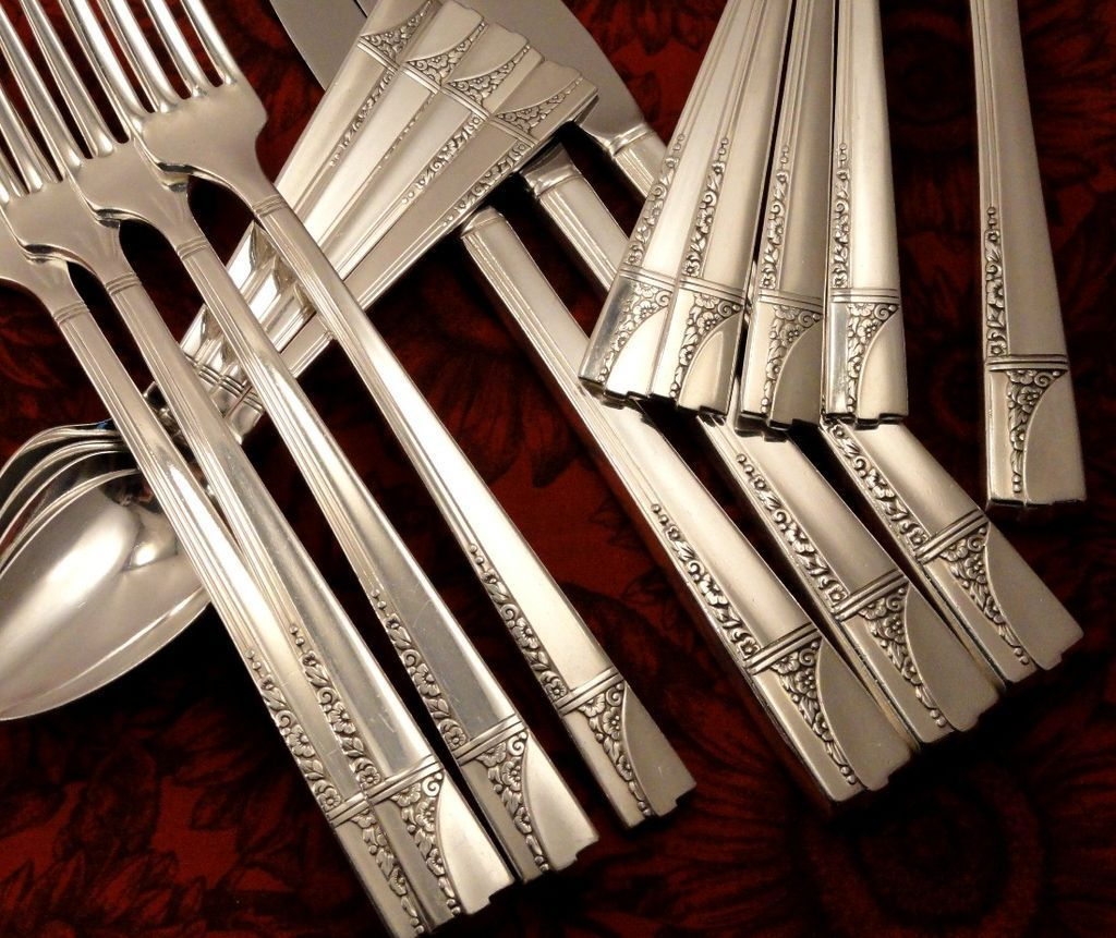 oneida nobility plate caprice art deco vintage 36 pc 1937 silver plate flatware silverware set. Black Bedroom Furniture Sets. Home Design Ideas