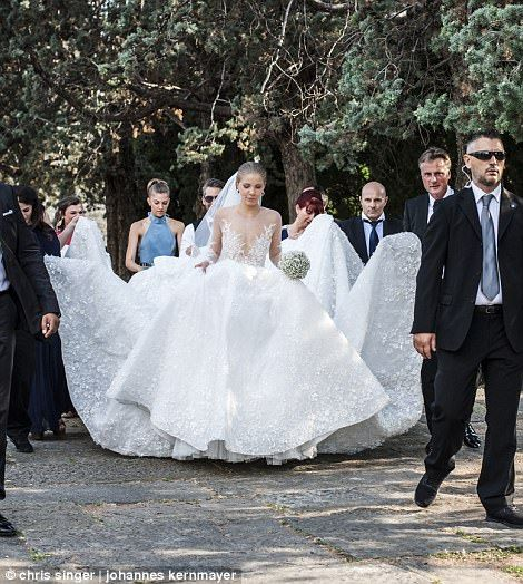 4e282cc0e5bd Her second dress was the main attraction - the stunning designer wedding  gown