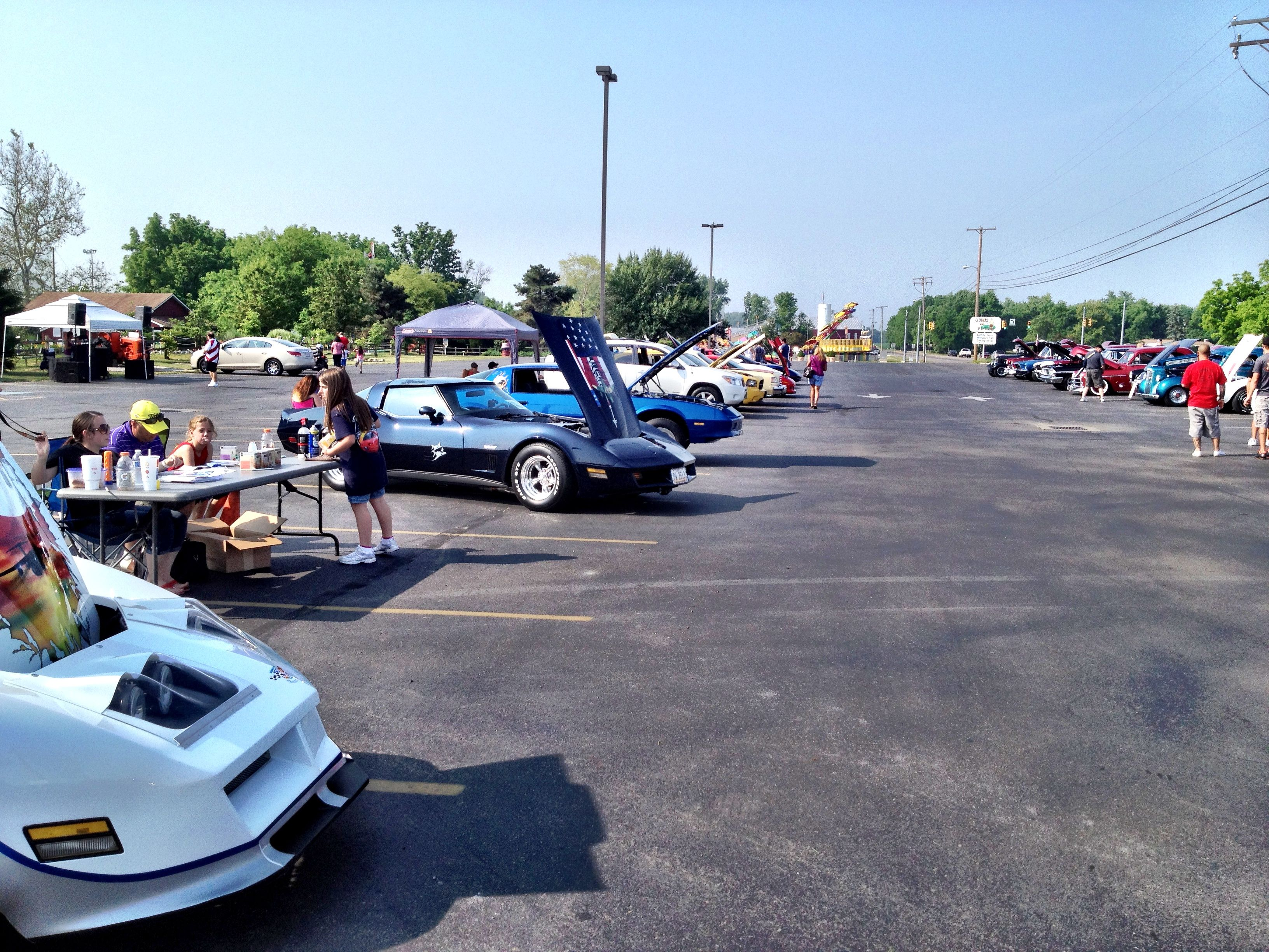 Vettes Supporting Vets Car Show May 26, 2012 Car show
