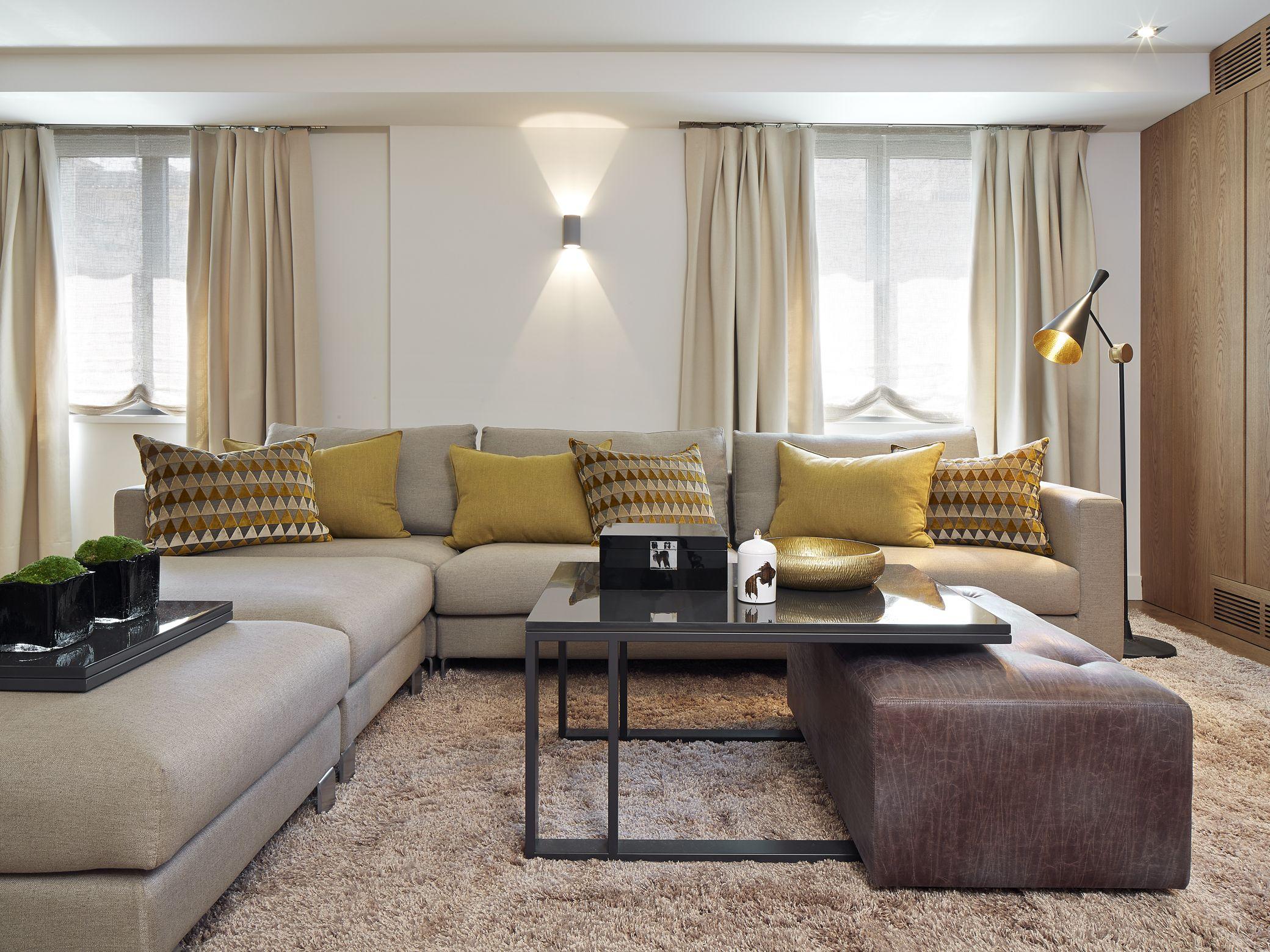 Molins interiors arquitectura interior interiorismo - Mesita auxiliar sofa ...