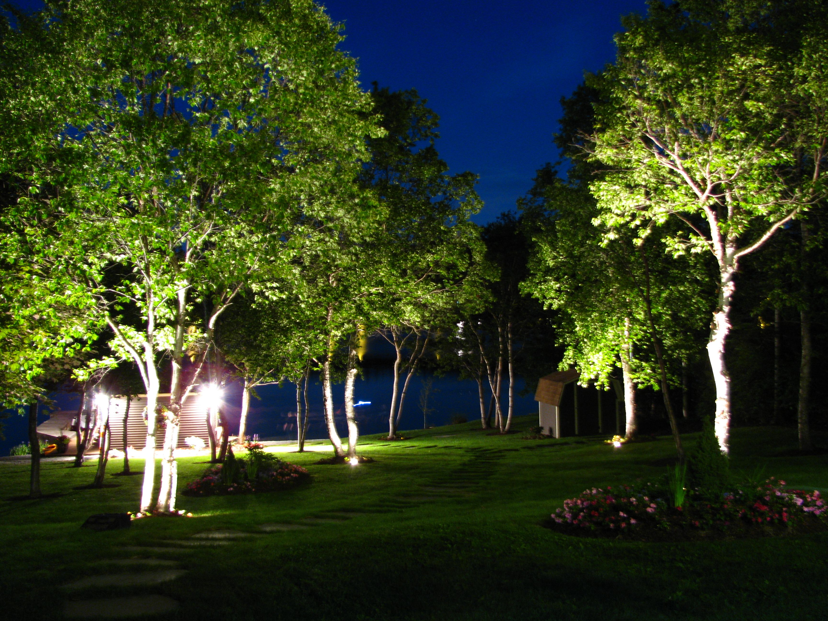 Hunza Metal Hallide Well Lights - Daisy Design & Hunza Metal Hallide Well Lights - Daisy Design | Garden Spaces ... azcodes.com