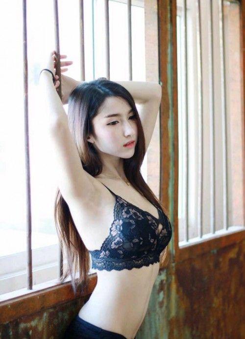 Messaging asian women