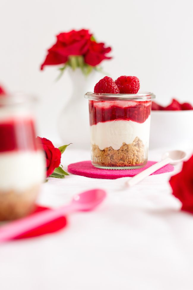 No Bake Himbeer Cheesecakes im Glas