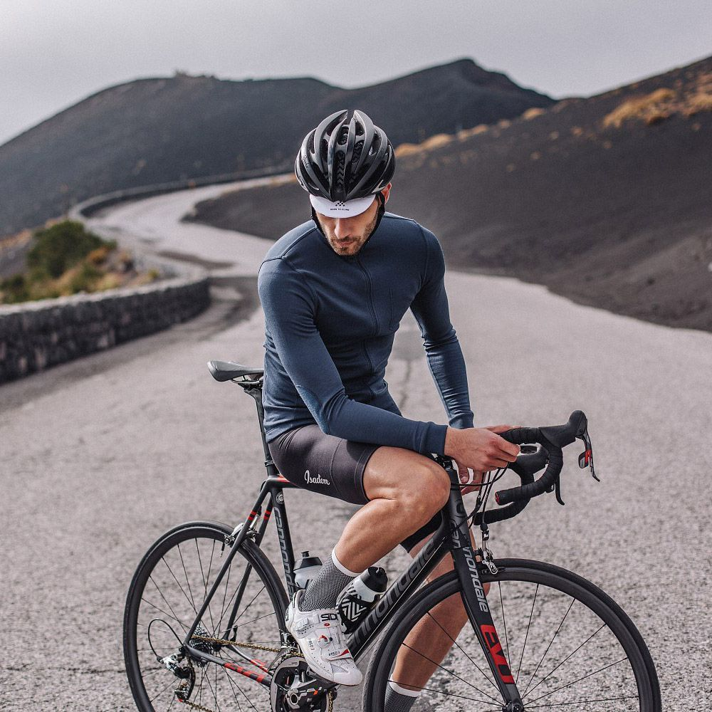 Ss2016 Overview Isadore Cycling Outfit Biking Outfit Road Bike Photography