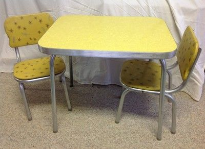 Vtg 50s Child Formica Table 2 Chairs Yellow Ice Crackle Starburst
