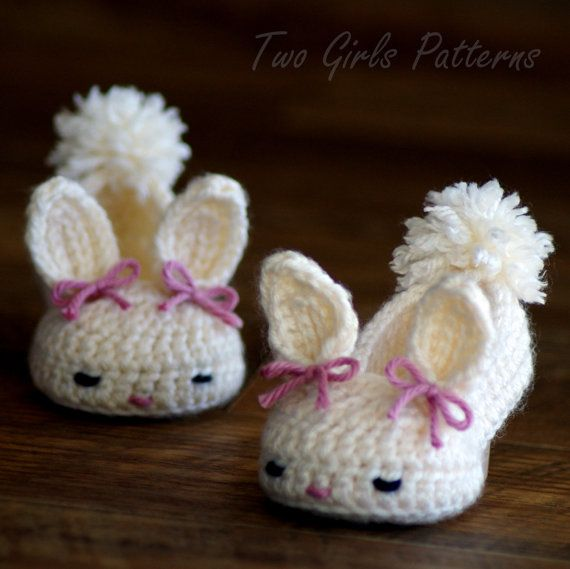 Crochet patterns baby booties Classic Year-Round Bunny House ...