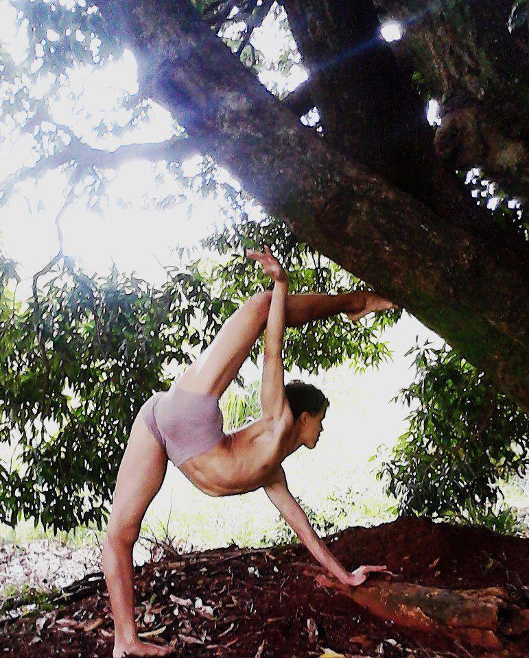 "Guilherme Carola FROM: ""i love too dance"""