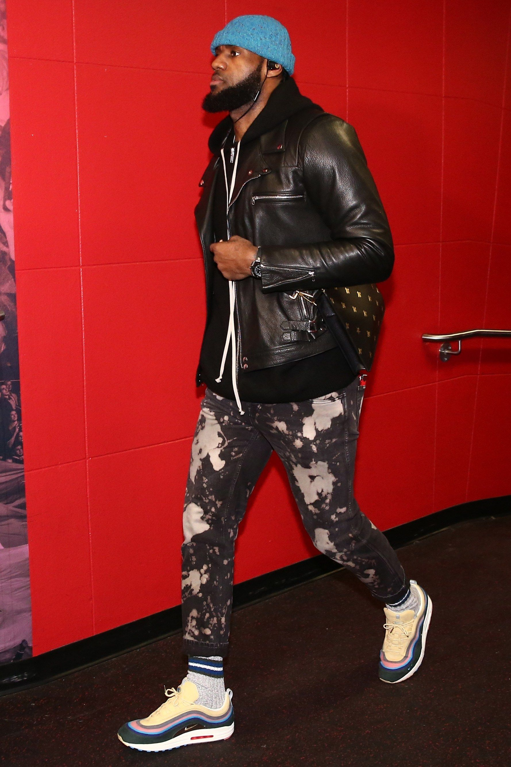 a5ae1e3a8c4 The Best and Craziest Pre-Game Fits of the 2017-18 NBA Season (So ...