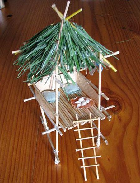 Bamboo Mini Hut With Images Island Crafts Tiki Hut Crafts