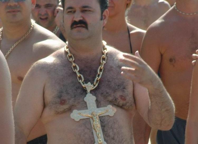 фото братков в золотых цепях государства после