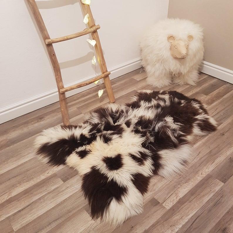 Natural Spotted Amazing Genuine Sheepskin Rug 100 Sheep Skin Etsy In 2020 Rug Decor Sheepskin Rug Rugs On Carpet