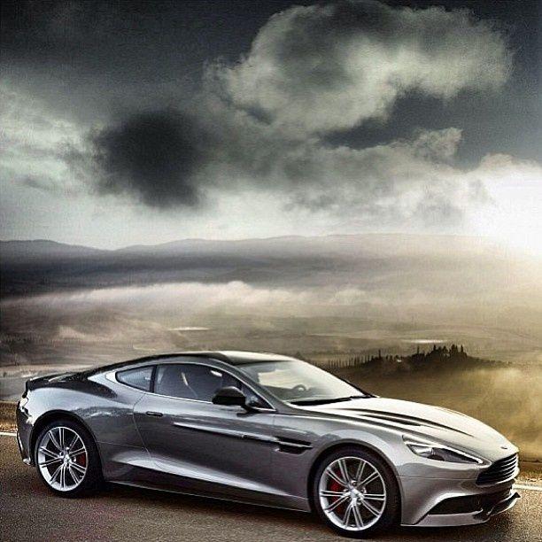 Auto Good Image: Aston Martin Auto - Good Picture