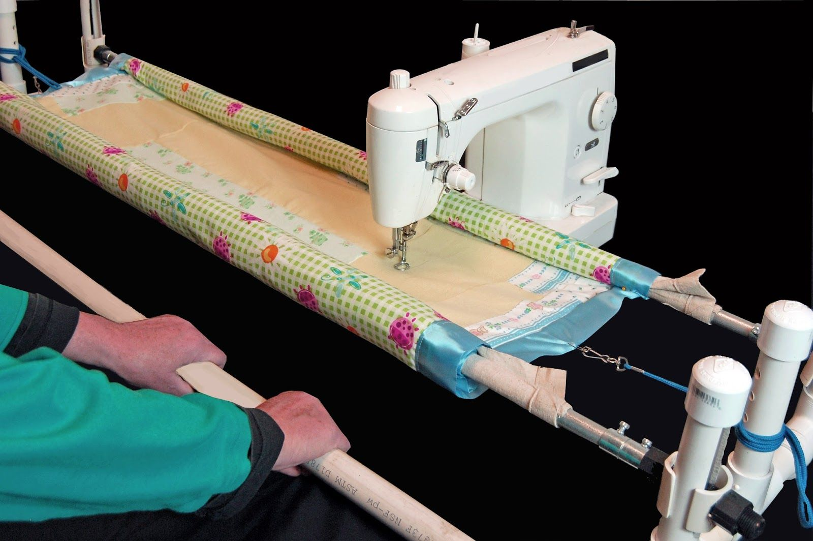 Since the theme of this blog is machine quilting solutions this post ...