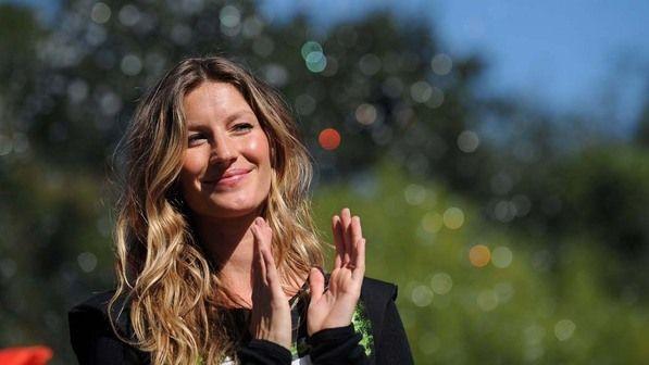 Desde 2009, Gisele é Embaixadora da Boa Vontade pelo Programa das Nações Unidas para o Meio Ambiente. Na foto, participou de evento no parque Washington Square, em Nova York, para promover ações ambientais - Foto: Stan Honda/AFP