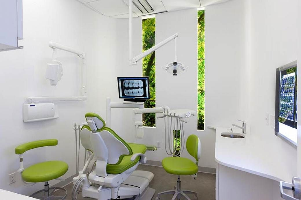 interior wall for dental office design ideas | clinic ...