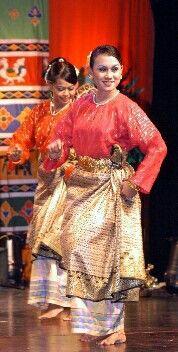 Pakaian Tari Melayu : pakaian, melayu, Tarian, Zapin, Melayu, Tarian,, Dunia