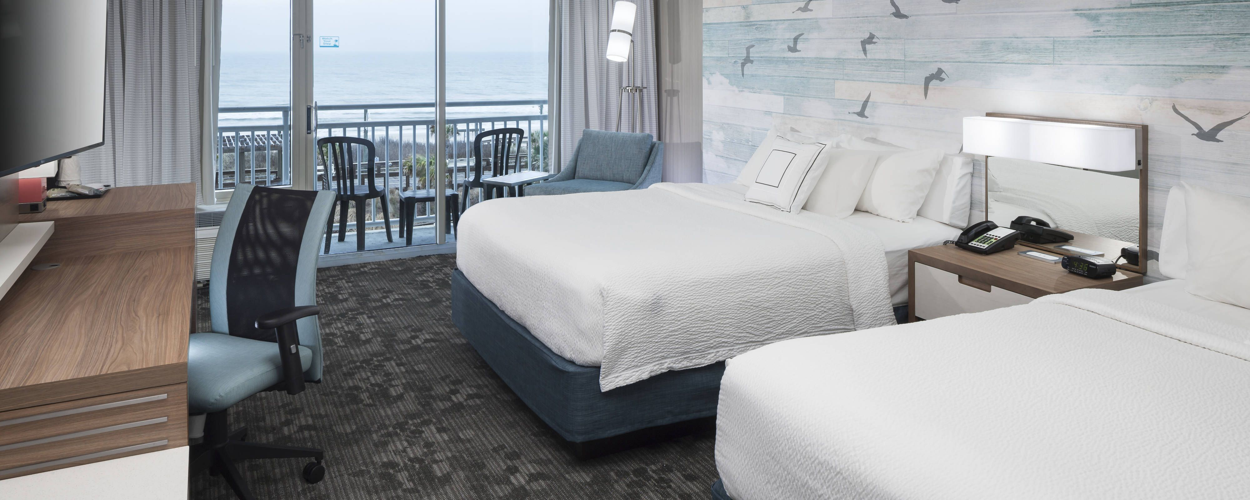 Looking For Beachfront Hotels In Carolina Beach Nc You Ll Love The Courtyard By Marriott Our Oceanfront Carolina Beach Hotel Is Steps Fr Carolina Beach Hotels Carolina Beach Beach Hotels