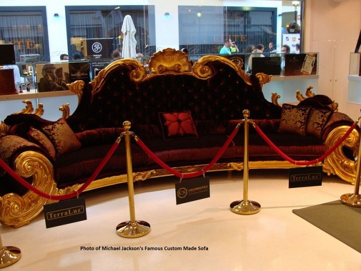 Awesome Michael Jacksonu0027s Baroquean Couch $215,000