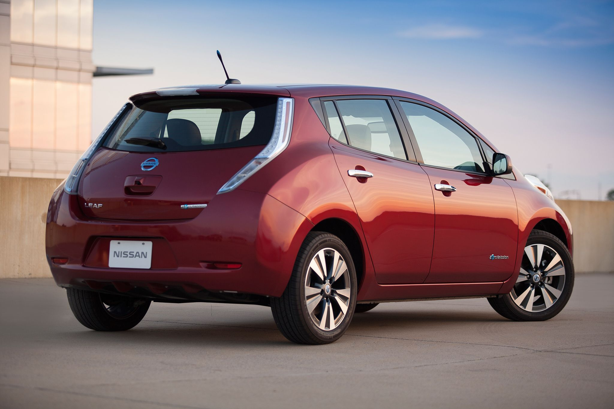ford leaf new nissan lease electric focus program ev rivals leasing