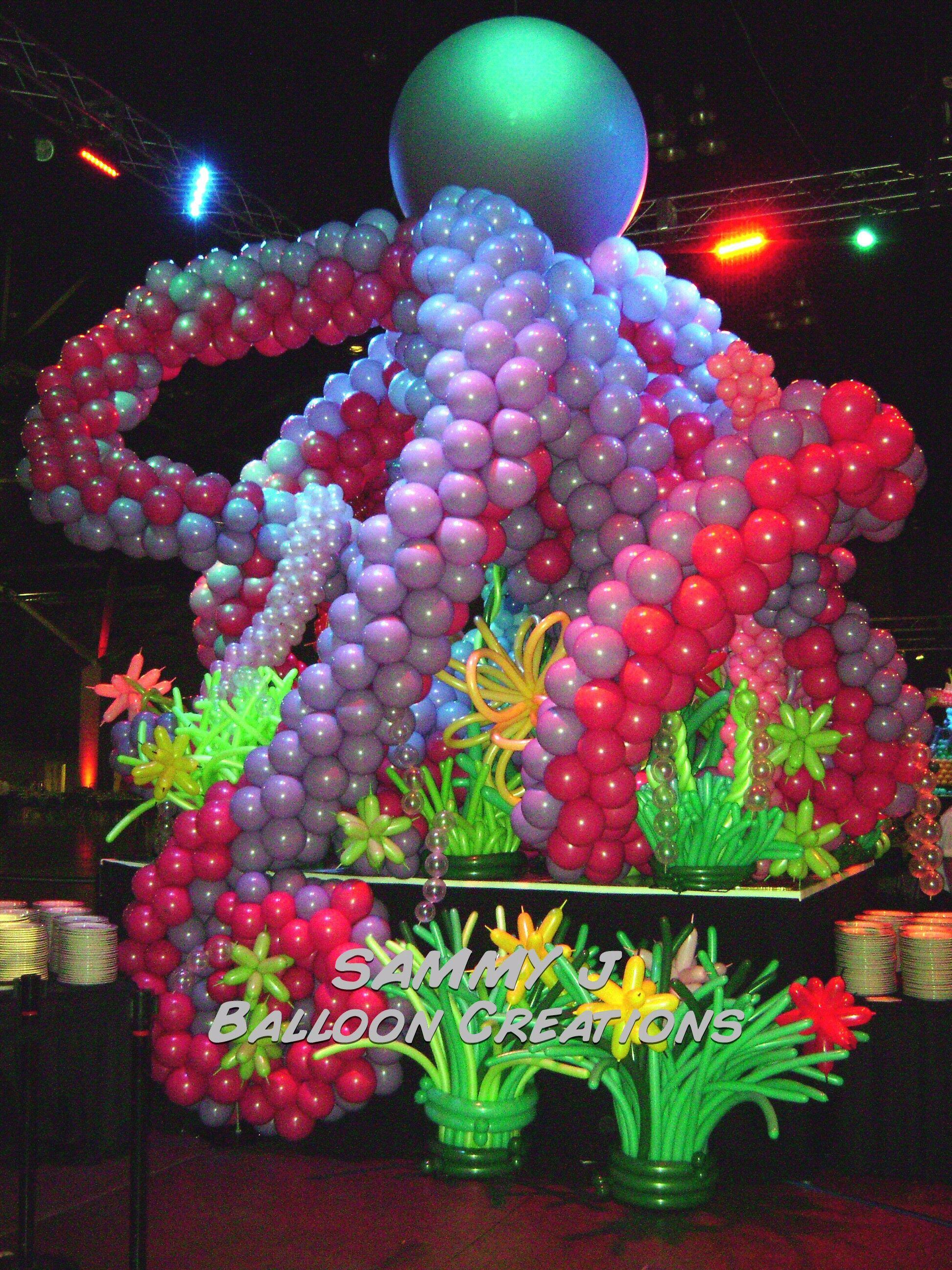 Crazy balloon animals - Balloons
